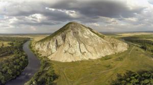 Гора_Юрак-Тау_с_высоты_85м